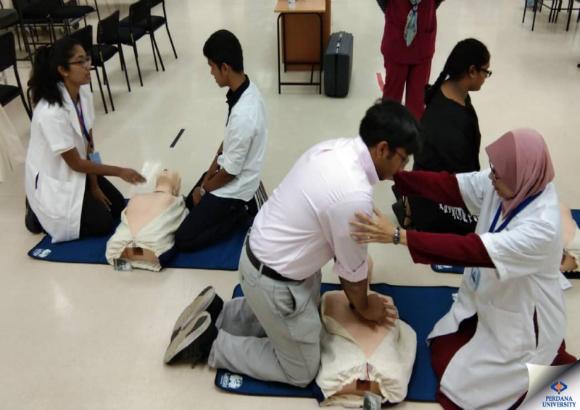 Experiencing a Day in the Life of a Health Sciences Student at Perdana University