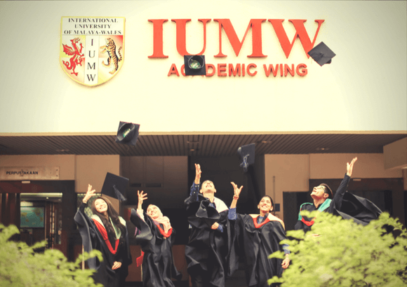 IUMW held its 3rd Convocation Ceremony at Dewan Tunku Canselor, University of Malaya.