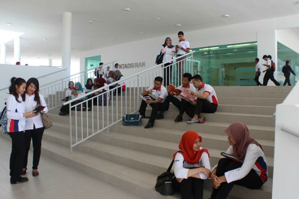 _ICAM campus Post