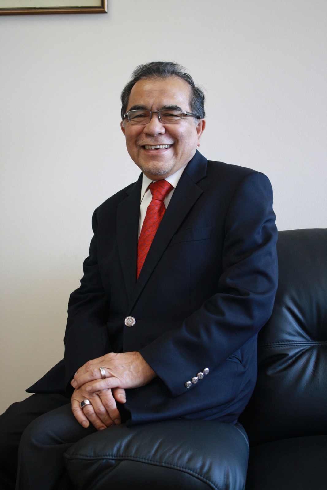 Nilai U Vice-Chancellor Datuk Megat_0