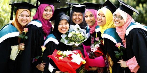Malaysian university graduates